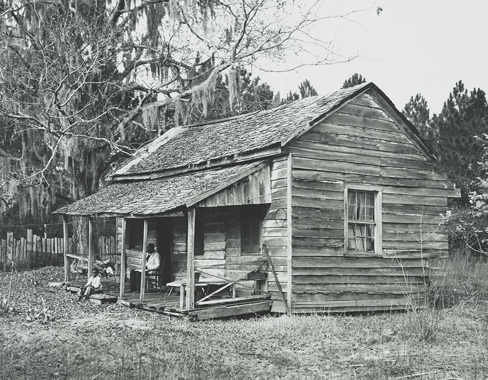 House of Henry Williams, St. Marys, Georgia, 1939. Photograph by Malcolm and Muriel Bell. Library of Congress, Prints and Photographs Division.