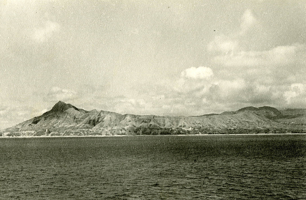 View of a volcanic crater as seen from the sea, Honolulu, Hawaii, c. 1930. Photograph by J.M. Booth. The British Museum.