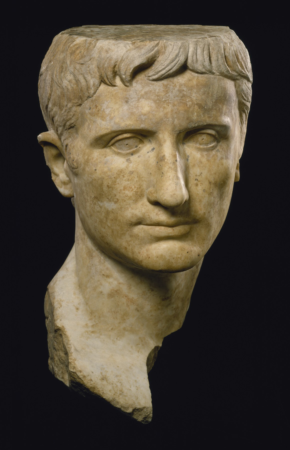 Marble portrait of the emperor Augustus, 27 BC–14. The Walters Art Museum.