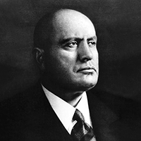 Black-and-white photograph of Benito Mussolini looking to the right