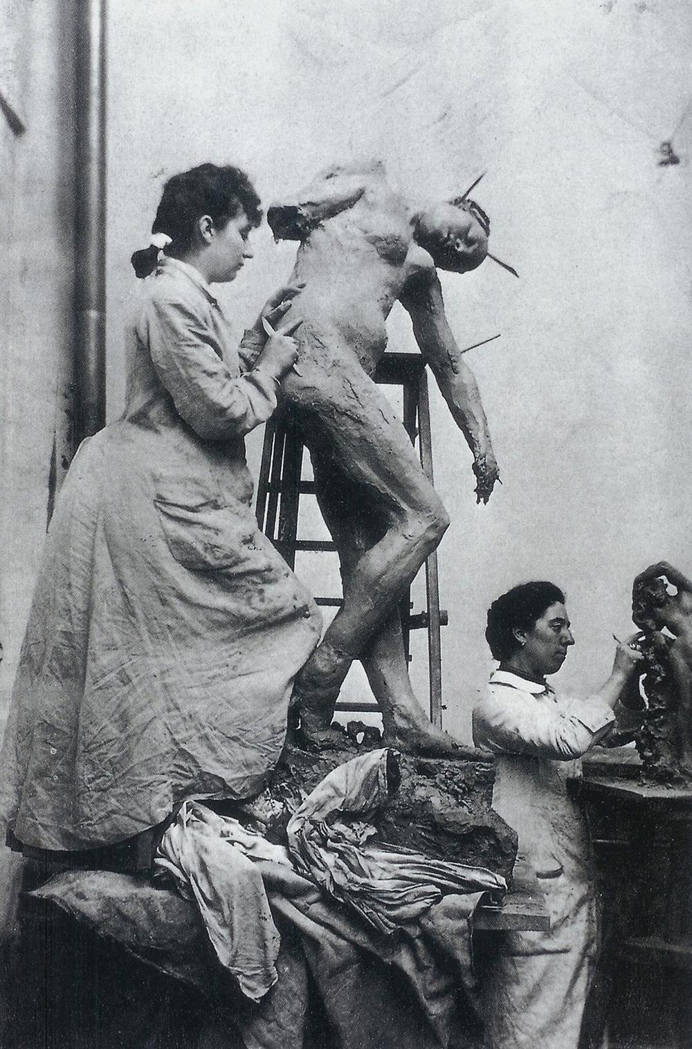 Camille Claudel (left) and Jessie Lipscomb, photographed by William Elborne, c. 1885.