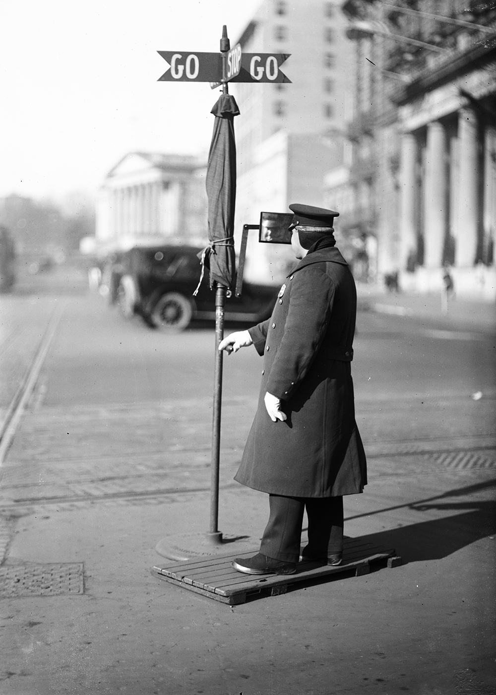 Traffic officer, Washington, DC, c. 1915. Photograph by Harris & Ewing. Library of Congress, Prints and Photographs Division.