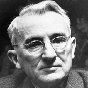 An image of Dale Carnegie.