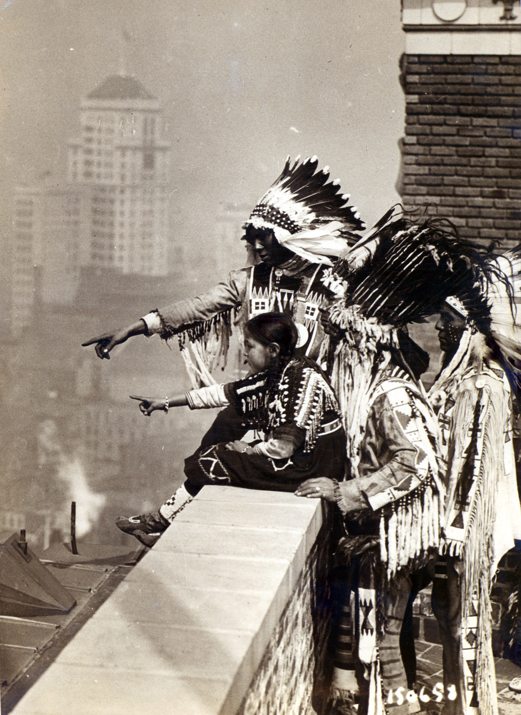 Blackfoot Indians on the roof of the Hotel McAlpin, on which they pitched teepees to sleep, New York City, 1913. © Newberry Library, Chicago, Illinois, USA/The Bridgeman Art Library International.