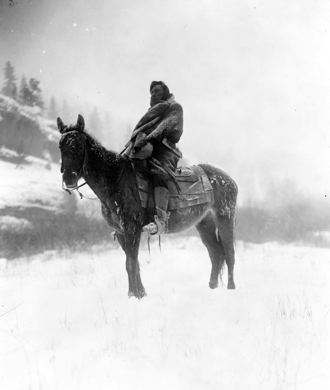 """The Scout in Winter—Apsaroke,"" 1908. Photograph by Edward S. Curtis. United States Library of Congress, Prints and Photographs Division, Washington D.C."