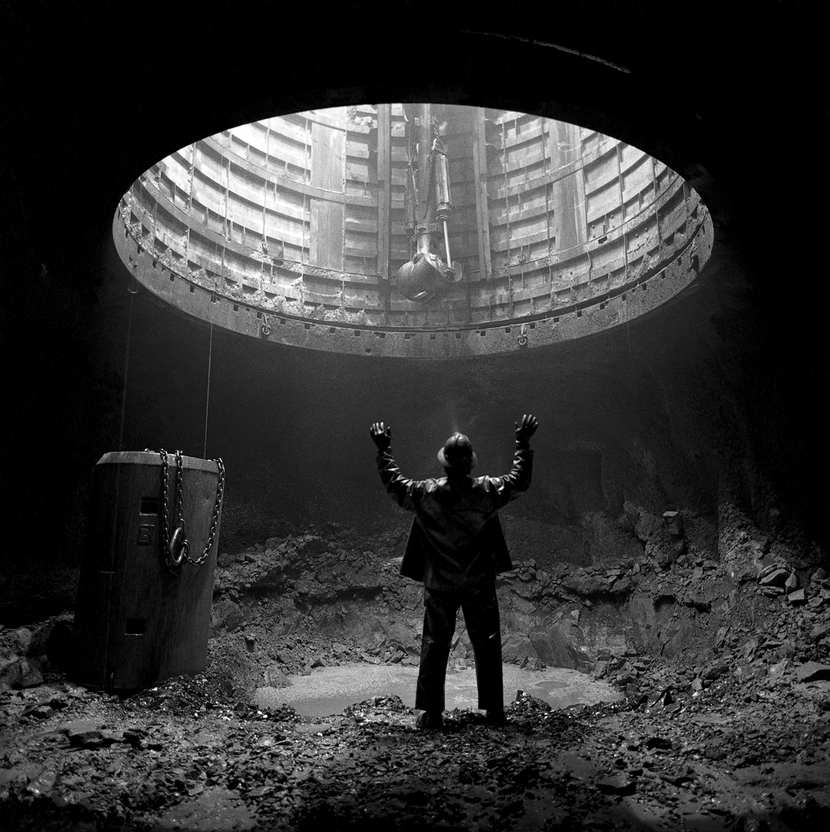 Shaft miner 2,500 feet undergound, Quebec, 1994. Photograph by Louie Palu. © Louie Palu/Courtesy of the artist and George Eastman House.