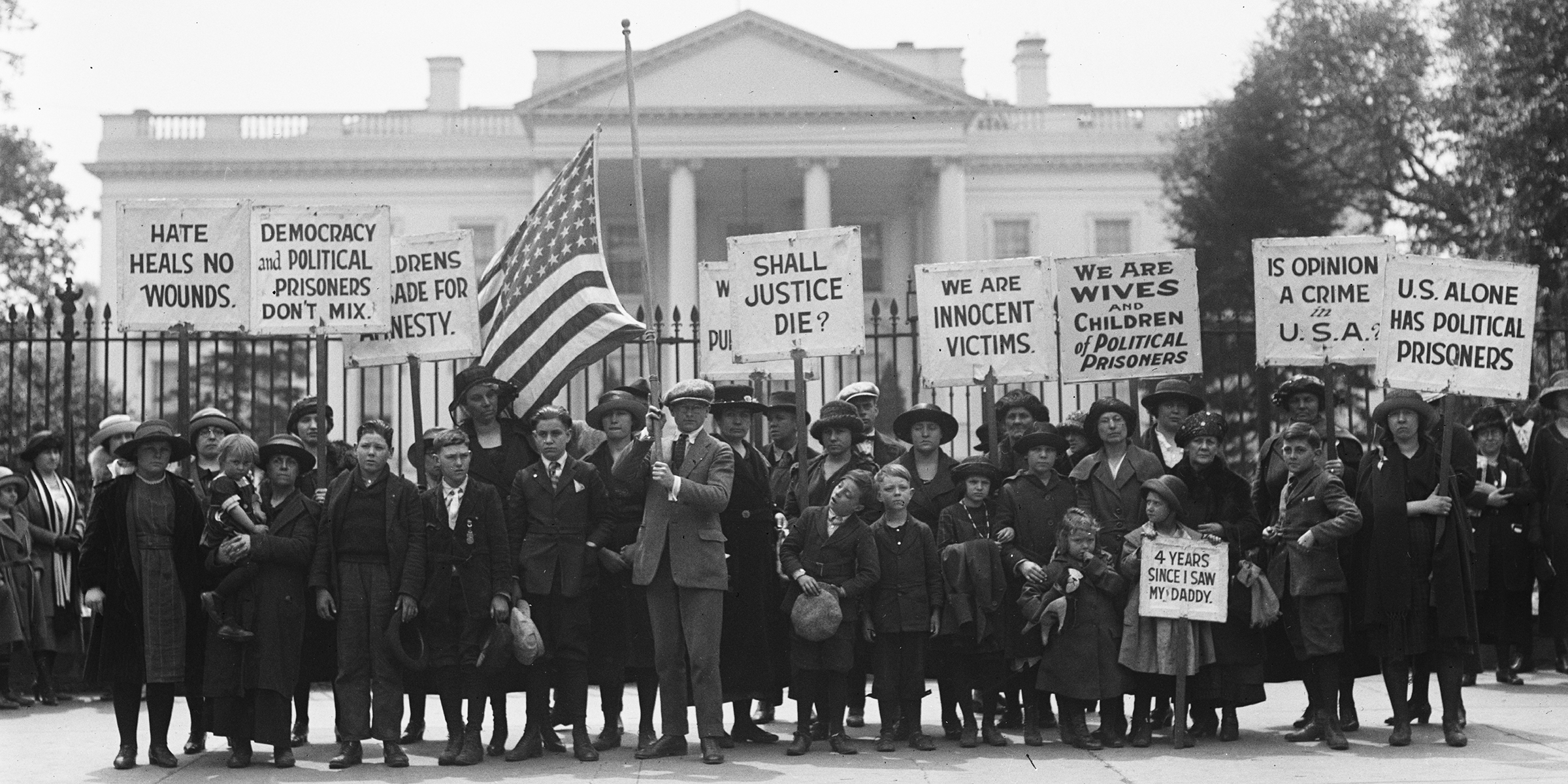 Members of the Children's Crusade for Amnesty protesting at the White House for the release of political prisoners, Washington, DC, 1922.