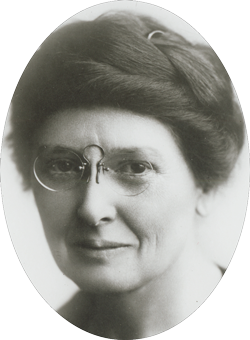 A black and white photograph of Louise Pound.