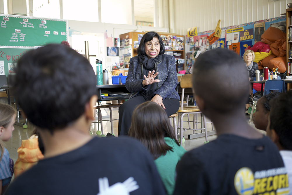 Sylvia Mendez visits Jefferson Elementary School in Berkeley, 2017. Photograph by Alison Leaf. Flickr (CC BY 2.0).