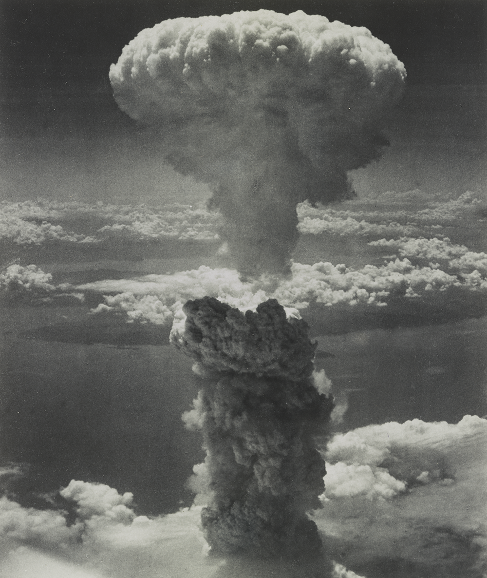 Nagasaki under atomic bomb attack, August 9, 1945. Photograph by U.S. Army Air Forces. Library of Congress, Prints and Photographs Division.
