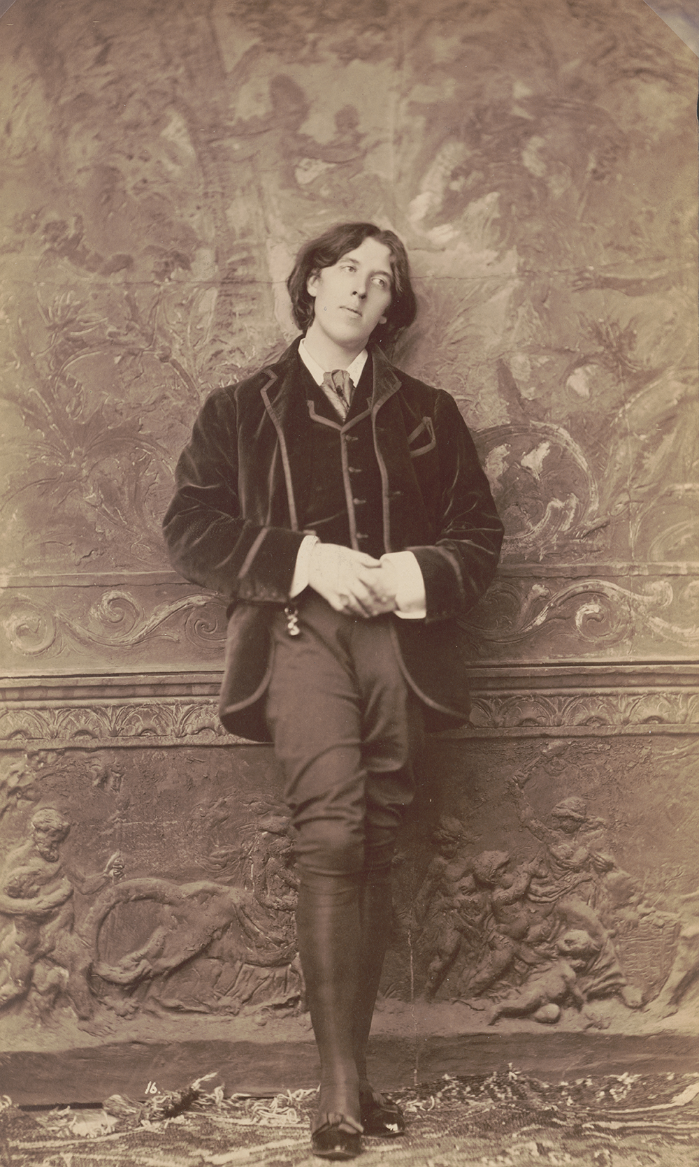 Oscar Wilde, c. 1882. Photograph by Napoleon Sarony. Library of Congress, Prints and Photographs Collection.
