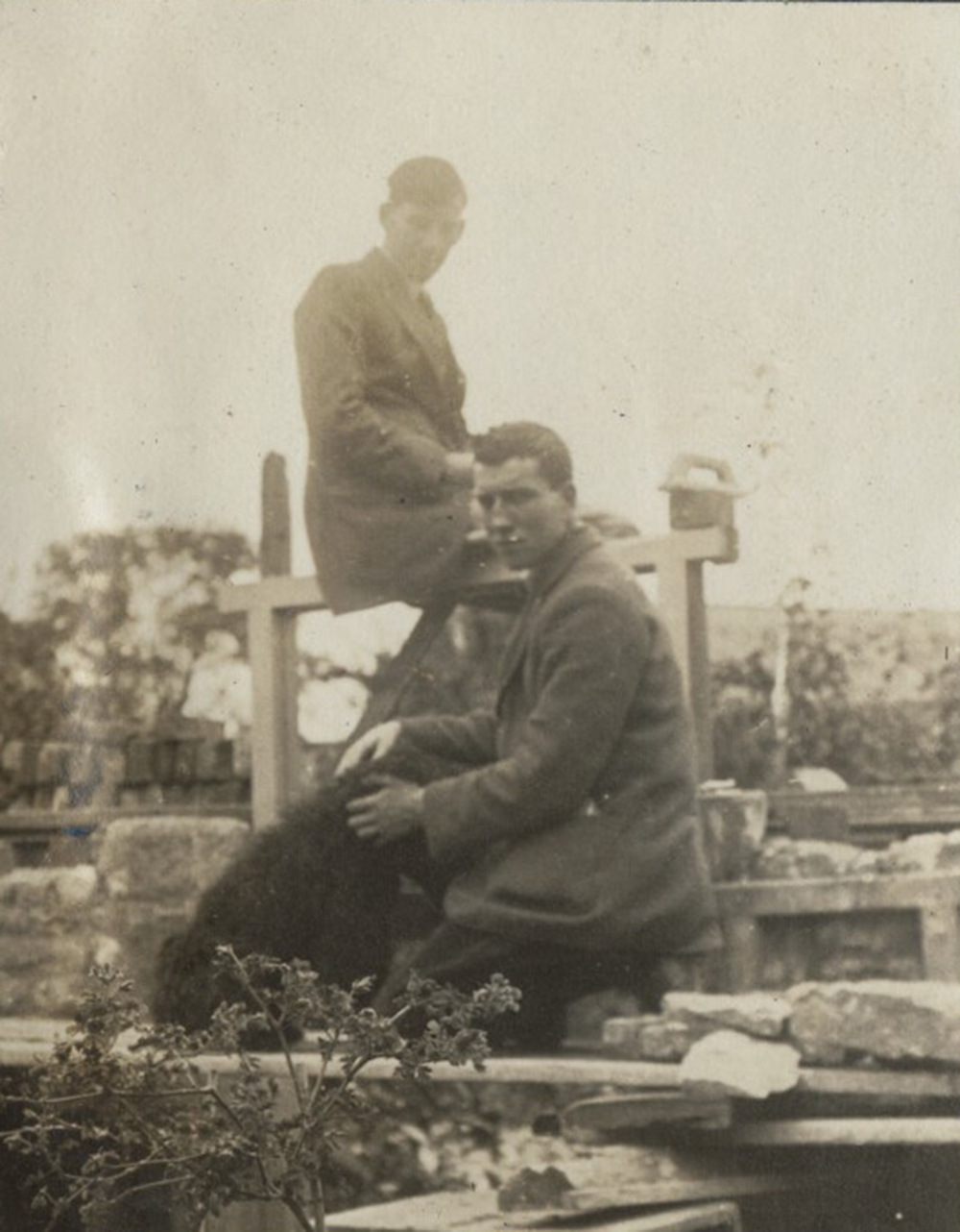 Siegfried Sassoon and Robert Graves, by Lady Ottoline Morrell, 1920. © National Portrait Gallery, London.