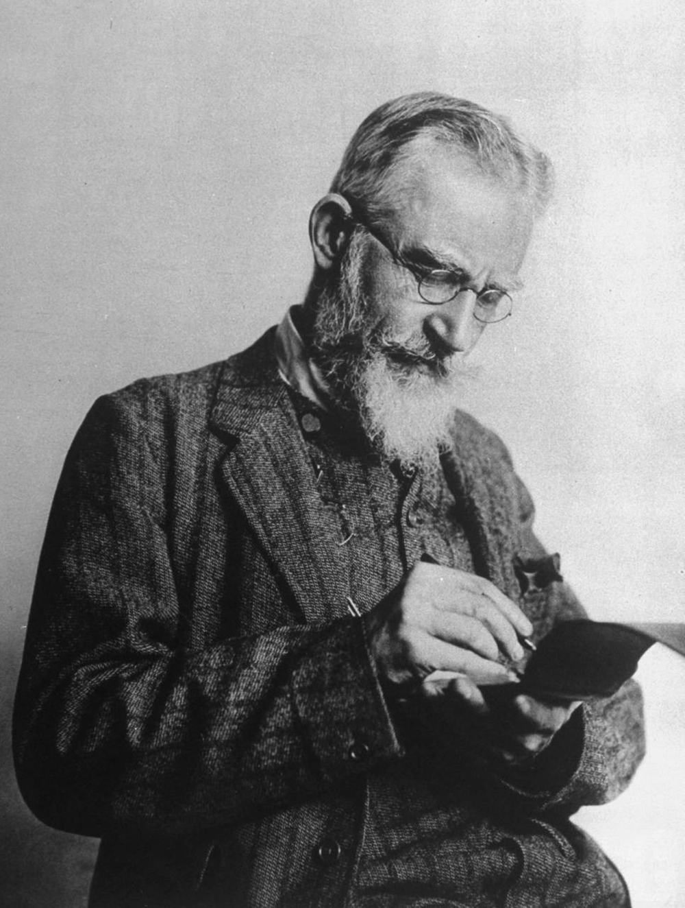 George Bernard Shaw, 1914. Life photo archive.
