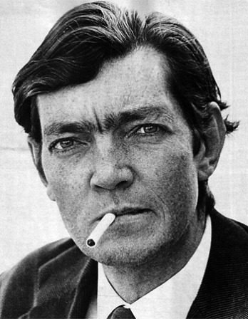 Black and white photograph of Argentine writer Julio Cortázar.