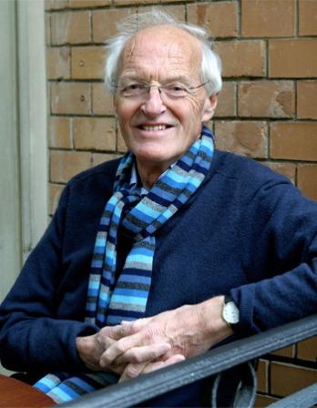 Color photograph of British playwright, novelist, and translator Michael Frayn.