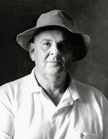 Australian poet and essayist Les Murray.