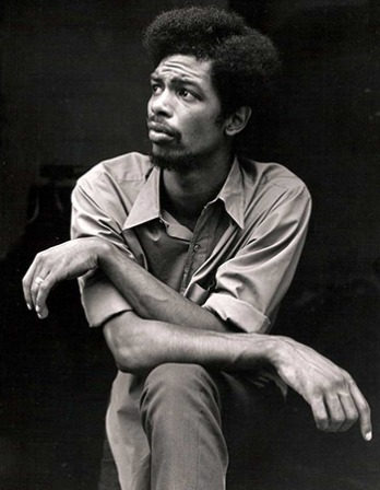 Photograph of American musician, songwriter, and writer Gil Scott-Heron.