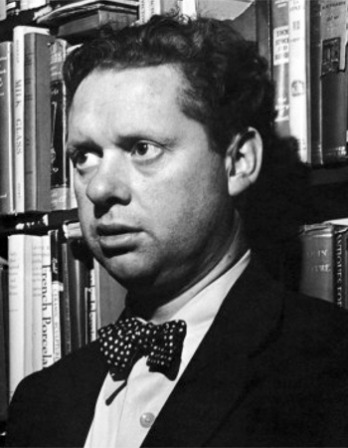 Black and white of Welsh poet and writer Dylan Thomas.