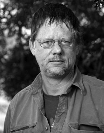 Photograph of American writer William T. Vollmann.