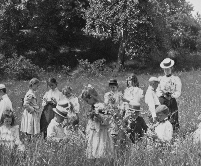 A primary school in the field, 1900.