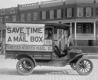 Post Office Department mail wagon, 1916. Photograph by Harris & Ewing. Library of Congress, Prints and Photographs Division.