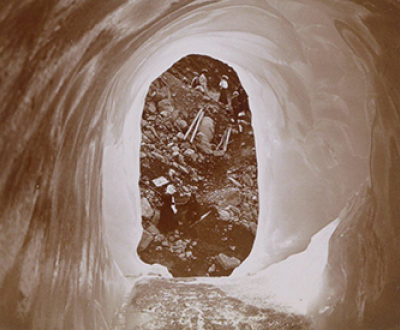 Hikers in the Alps, seen through a hole in the ice, c. 1905–10. Rijksmuseum.