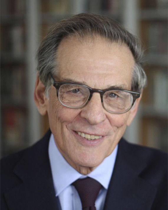 Photograph of American historian Robert Caro.