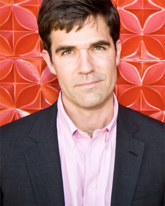 Color photograph of comedian and writer Rob Delaney.