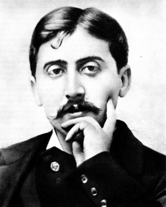 Photograph of Marcel Proust looking pensive.