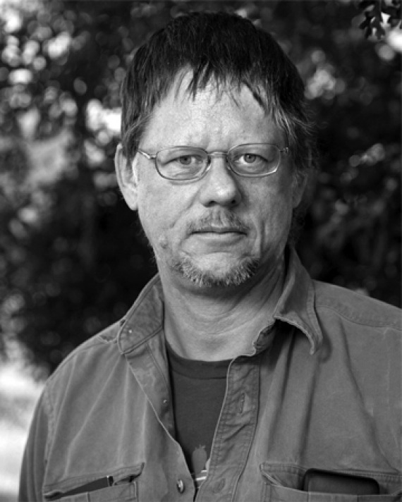 Photograph of American writer William T. Vollmann.