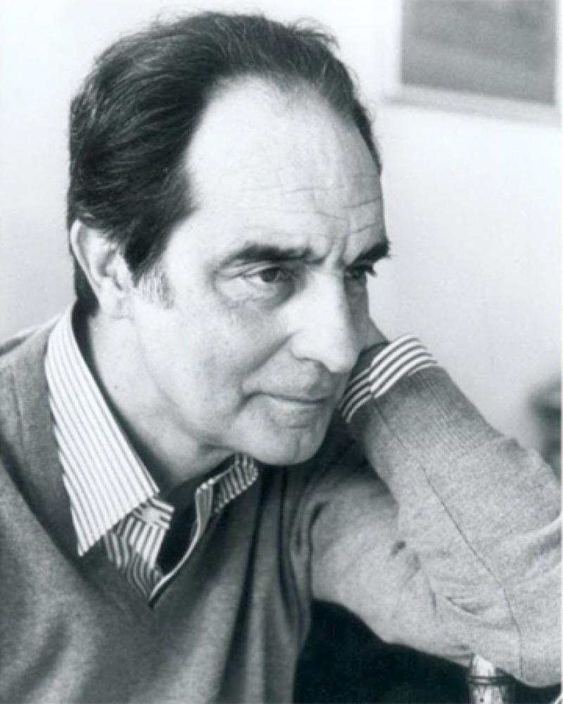 Photograph of Italian writer Italo Calvino.