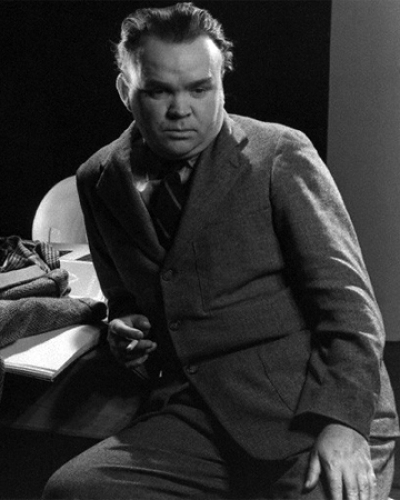 Black and white photograph of English man of letters Cyril Connolly.