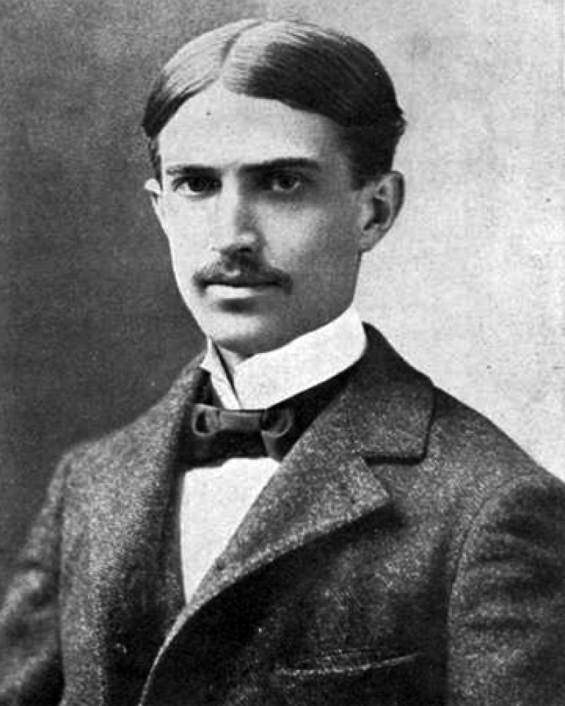 Photograph of American novelist and short story writer Stephen Crane.