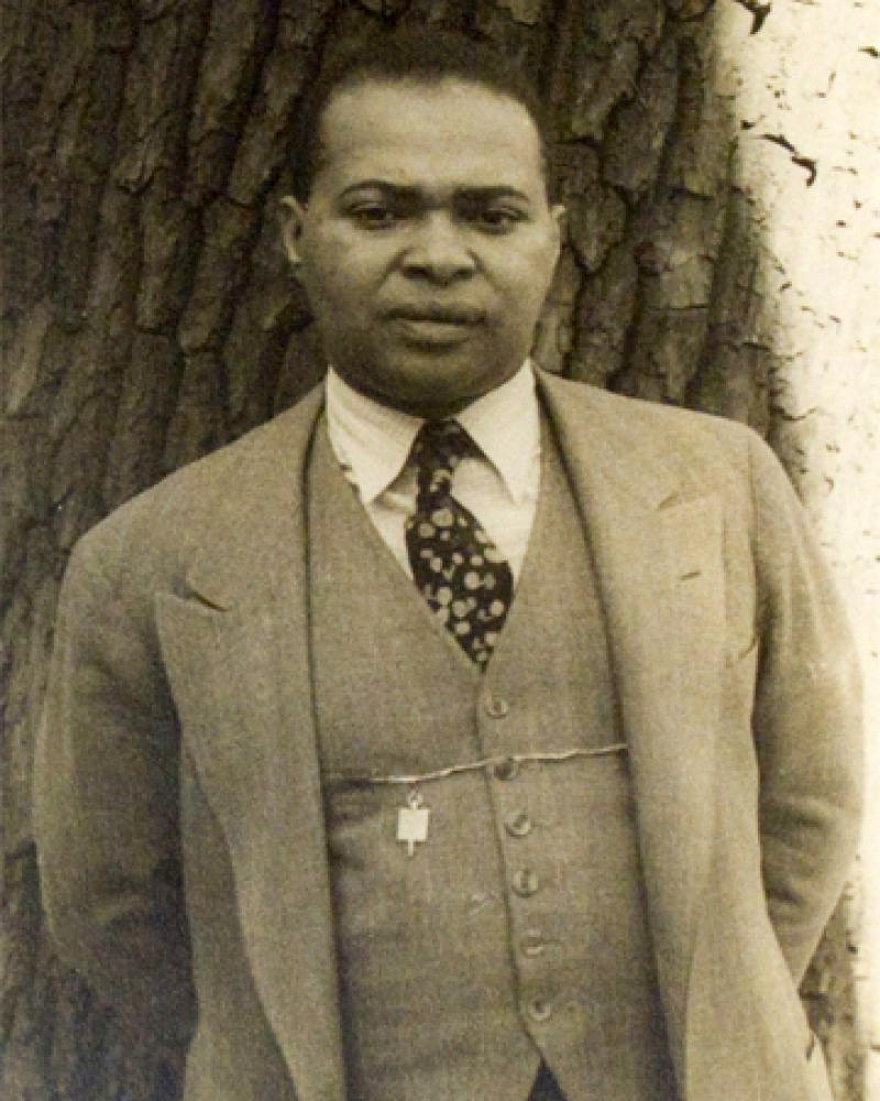 Photograph of American poet Countee Cullen.