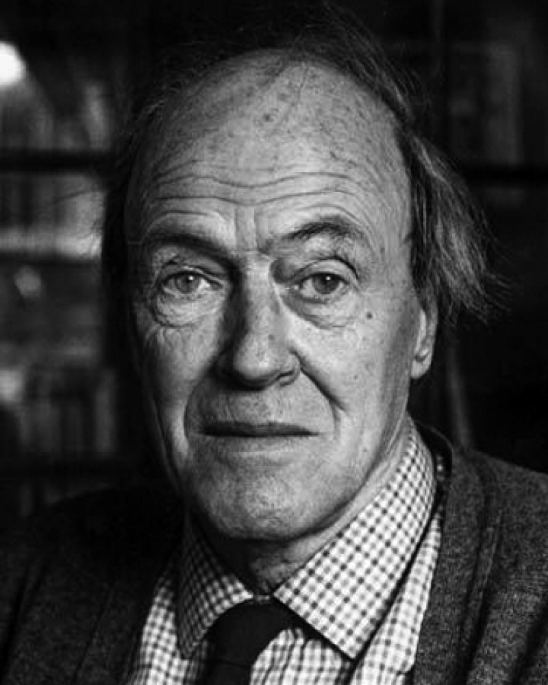 Photograph of British writer Roald Dahl.
