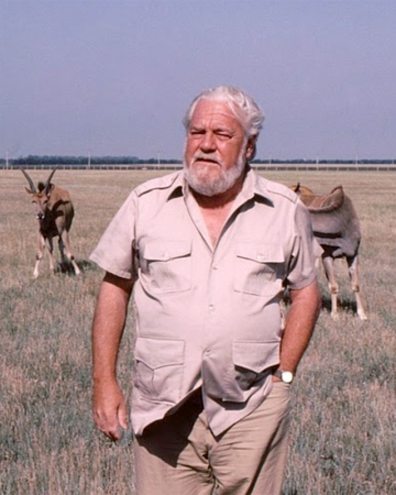 Photograph of British naturalist and conservationist Gerald Durrell.