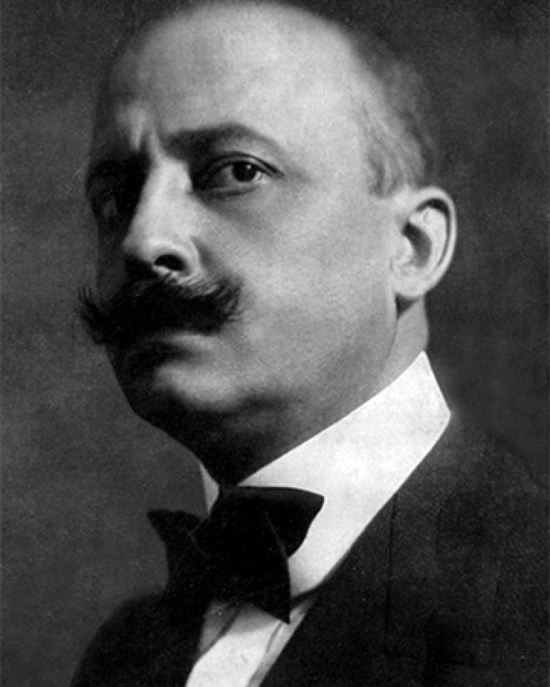 Italian-French author Filippo Tommaso Marinetti.