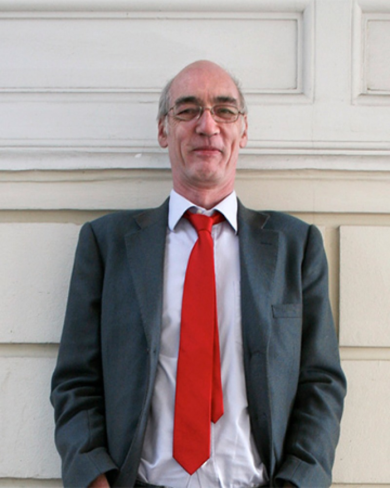 English art historian, novelist and journalist Iain Pears.