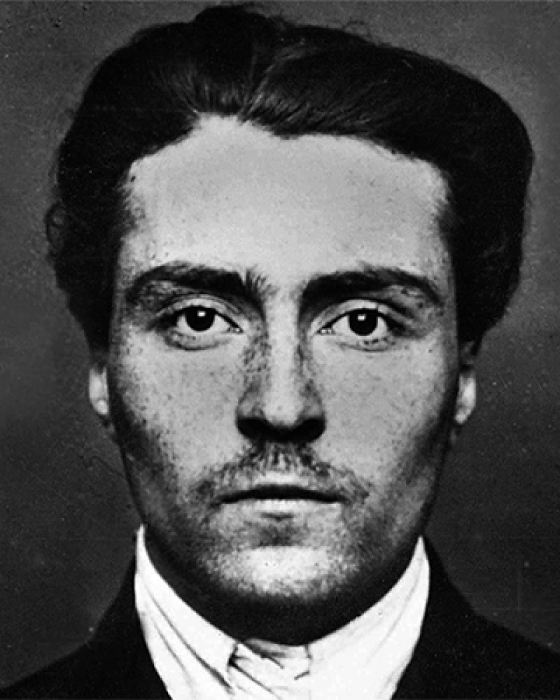 Russian revolutionary and writer Victor Serge.