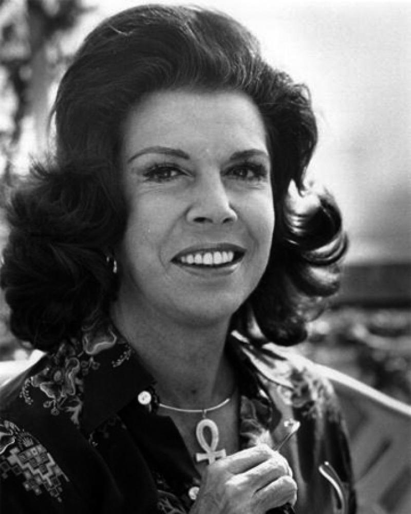Photograph of American author Jacqueline Susann.