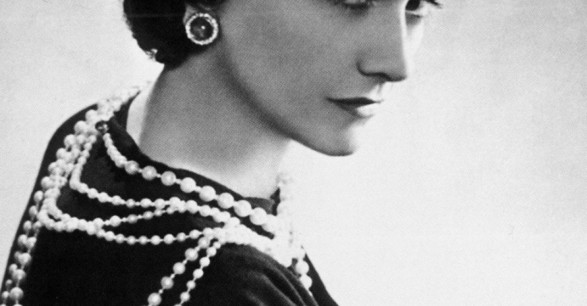 coco chanel essay example Below is an essay on coco chanel from anti essays, your source for research papers, essays, and term paper examples history of women's fashion in the twentieth century upper class people dominated fashion during the period from1900 to 1909.