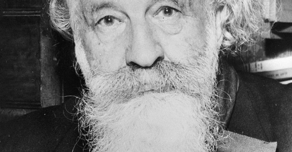 essays on gaston bachelard Dossier bachelard and the concept of problematic what is a problematic patrice maniglier gaston bachelard's 1949 book, le rationalisme appliqué (ra best translated as reason applied), is essential to an understanding of his work, and bachelard is essential to an understanding of twentieth-century french philosophy.