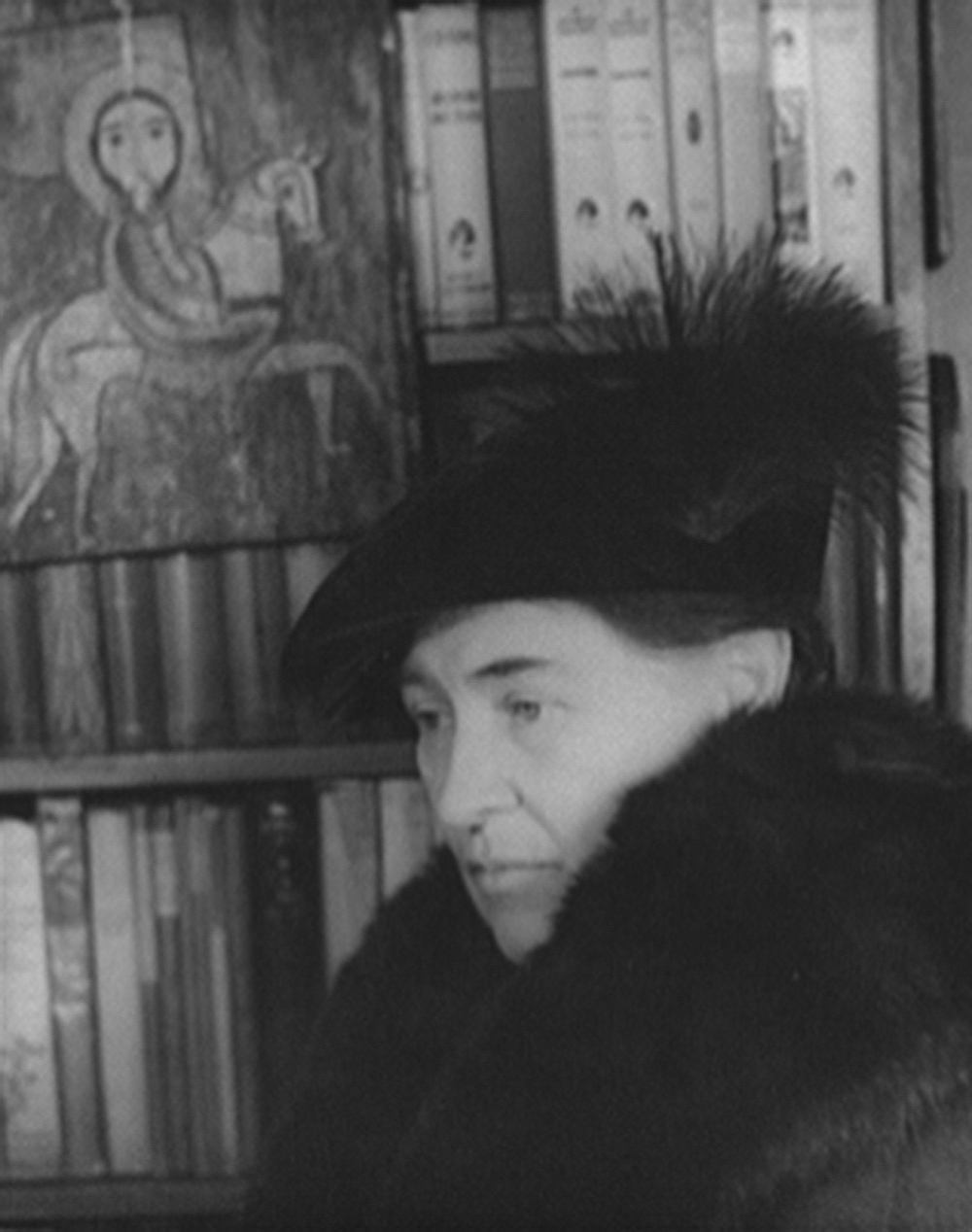 Willa Cather, 1936. Photograph by Carl Van Vechten. Library of Congress, Prints and Photographs Division, Carl Van Vechten Collection.
